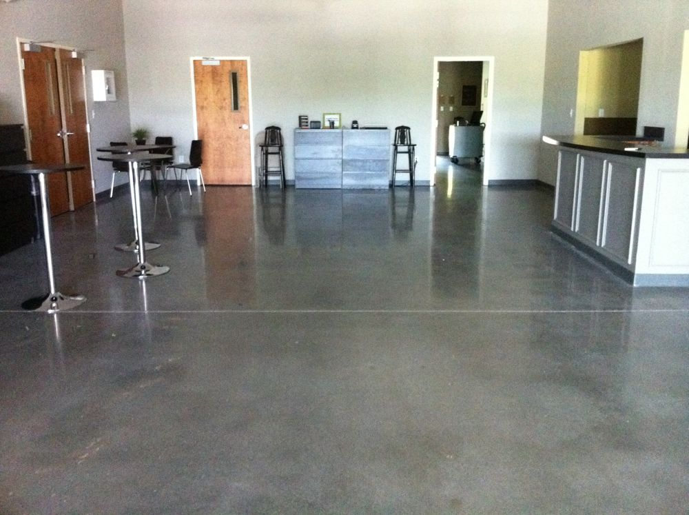 Interior concrete ideas basement floors garage floors for Indoor cement flooring